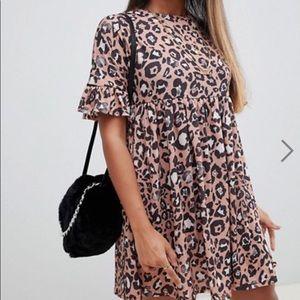 Leopard print babydoll dress 🐆